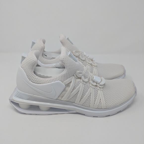huge discount c0e67 60df4 Nike Shox Gravity Triple White AR1999-100